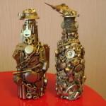 Декоративные бутылки — оригинальное украшение интерьера