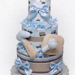 Торт из памперсов, сделанный своими руками — интересная идея для практичного подарка