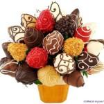Сладкий подарок из конфет ручной работы