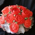 Букет из кексов – вкусный и красивый подарок любой девушке
